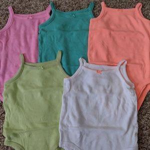Carter's bodysuits size 9 months